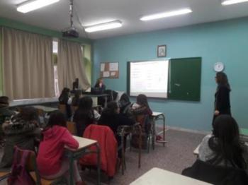 Ενημέρωση μαθητών του Γυμνασίου Μακροχωρίου σε θέματα Σεξουαλικής και Αναπαραγωγικής υγείας από το Κέντρο Υγείας Βέροιας