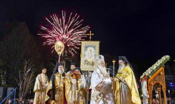 Η «πρώτη Ανάσταση», η τελετἠ της Αναστάσεως και η Πασχαλινή θεία Λειτουργία στη Βέροια