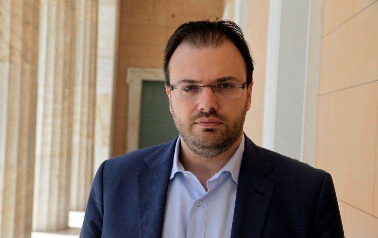 Θανάσης Θεοχαρόπουλος :