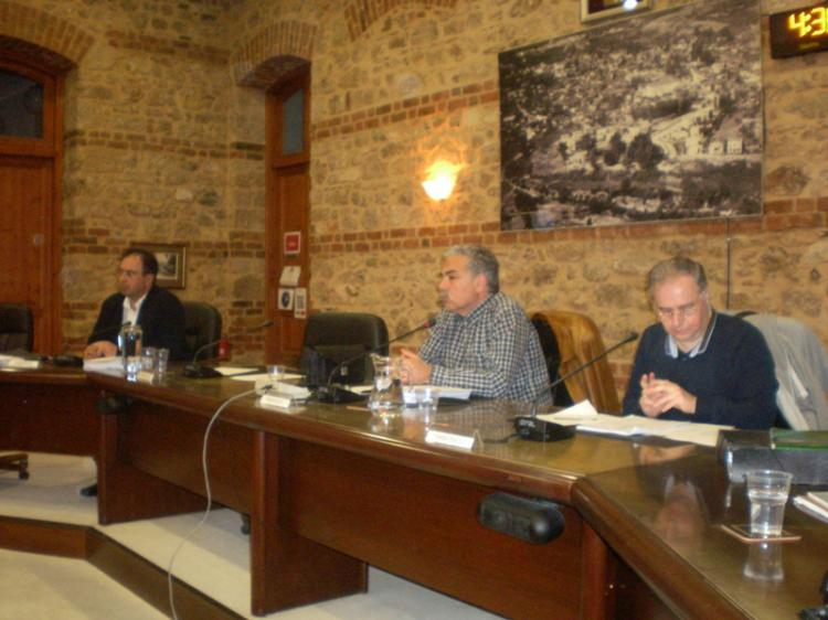 Έργα αγροτικής οδοποιίας στο Δήμο Βέροιας και φωτοβολταϊκό πάρκο της ΔΕΥΑΒ κυριάρχησαν στο χθεσινό Δημοτικό Συμβούλιο