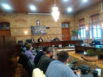 Πραγματοποιήθηκε η σύσκεψη για τη βέλτιστη εφαρμογή της Δράσης «ΚΟΜΦΟΥΖΙΟ», στην αίθουσα  Δ.Σ. του Δήμου Βέροιας