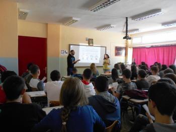 Ενημέρωση των μαθητών του ΓΕΛ Μακροχωρίου από το Κέντρο Ζωής για την πρόληψη και την αντιμετώπιση του AIDS