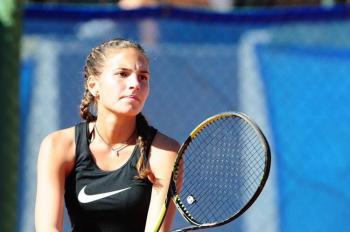 3η Νικήτρια η Παυλίδου Θένια στα διπλά του Πανελλαδικού Πρωταθλήματος tennis Ε1 στη Θεσσαλονίκη
