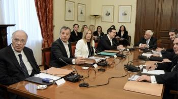 Ραγδαίες εξελίξεις στο ζήτημα της ονομασίας των Σκοπίων, ο πρωθυπουργός ενημερώνει τον ΠτΔ και τους πολιτικούς αρχηγούς