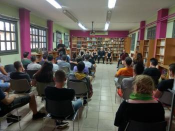 Παράσταση «playback θεάτρου» στη θεραπευτική κοινότητα ΚΕΘΕΑ Ιθάκη από ομάδα της Βέροιας