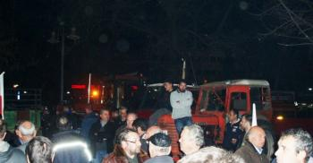 Πανελλαδική Επιτροπή Μπλόκων: Όλοι στα συλλαλητήρια ενάντια στο εφαρμοστικό πολυνομοσχέδιο-Μεσοπρόθεσμο πρόγραμμα