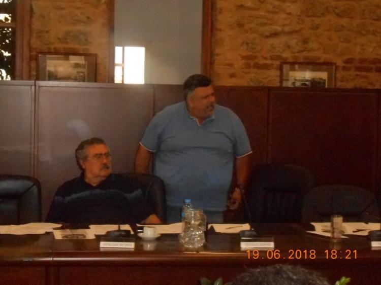 Ανεξαρτητοποίηση Χατζηαθανασίου και απάντηση Βοργιαζίδη στο χθεσινό Δημοτικό Συμβούλιο Βέροιας