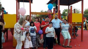 Οι καλύτερες ευχαριστίες στο δήμαρχο Νάουσας για την παιδική χαρά που είναι πιστοποιημένη για ΑμεΑ