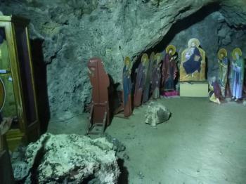 Νέα κατολίσθηση στο Μοναστήρι του Προδρόμου Βέροιας! Μήπως να ξεκινήσει η αναστήλωσή του;