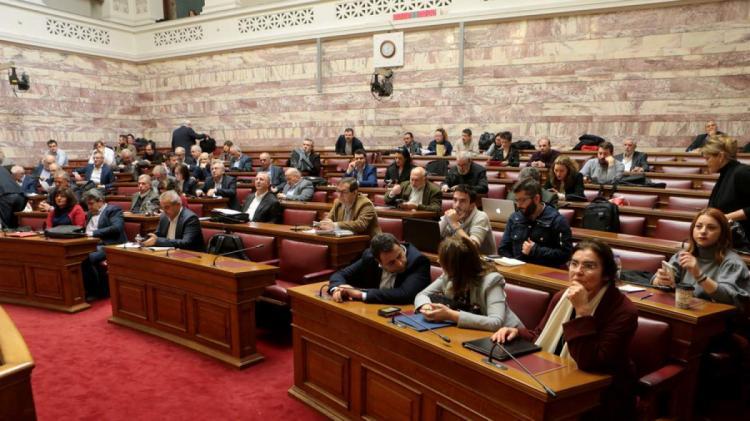 Οι βουλευτές του ΣΥΡΙΖΑ…βαθμολογούν τους υπουργούς!