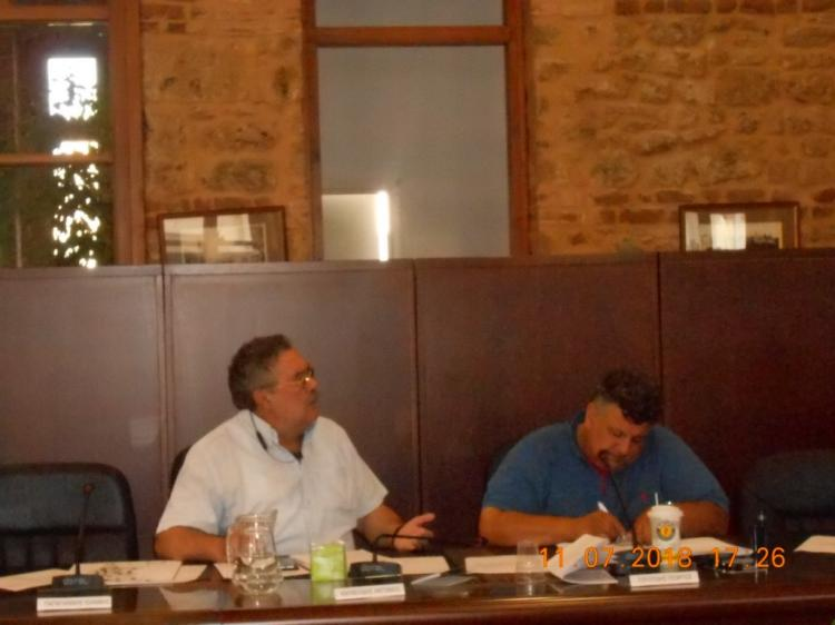 «Εκρηκτική» συνεδρίαση του δημοτικού συμβουλίου Βέροιας, ολοκληρώθηκε τάχιστα παρά τα 91 θέματα
