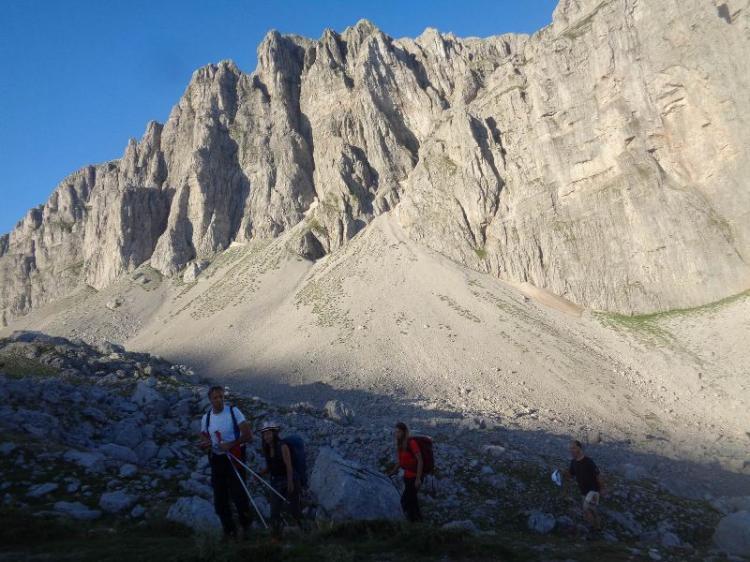 ΟΡΟΣ ΤΥΜΦΗ, υψόμετρο 2.497 μ., Κορυφή Γκαμήλα και Δρακόλιμνη με τους Ορειβάτες Βέροιας την Κυριακή 14 - 15 Ιουλίου 2018