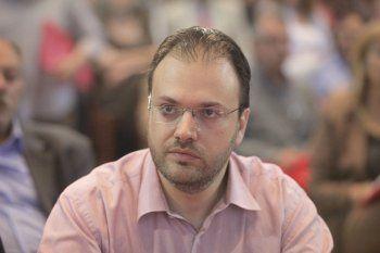 Θ. Θεοχαρόπουλος :